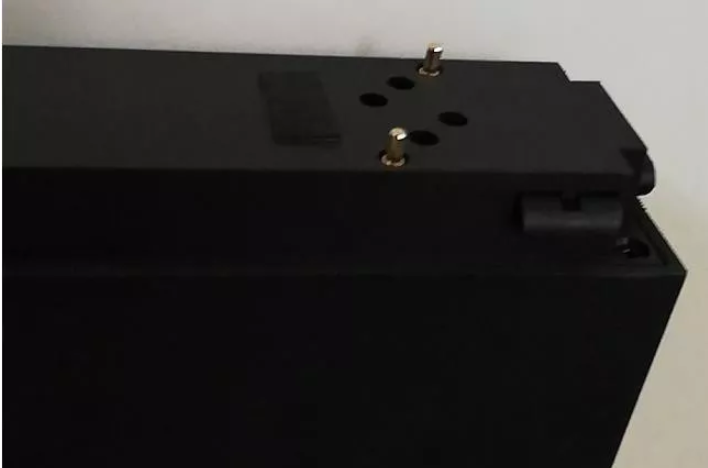 The core of the low-voltage magnetic track light is magnetic